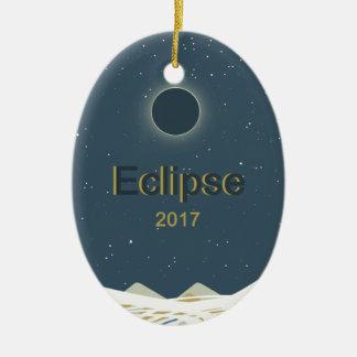 Ornement Ovale En Céramique Éclipse 2017 solaire totale