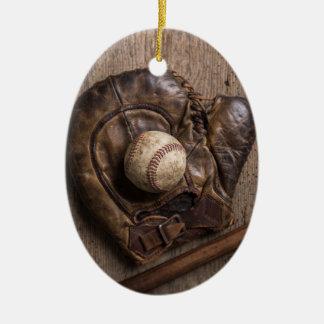 Ornement Ovale En Céramique Équipement de base-ball vintage