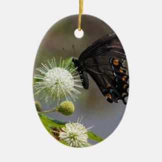 Ornement Ovale En Céramique fleur de bouton et spicebush3