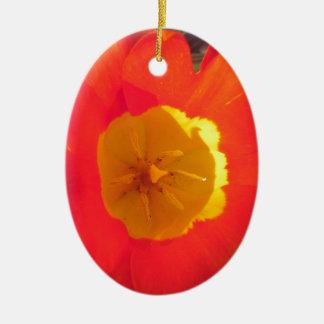 Ornement Ovale En Céramique Fleur ouverte de tulipe de rouge et de jaune
