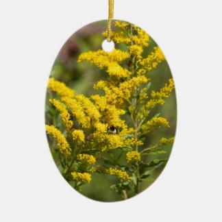 Ornement Ovale En Céramique Fleurs sauvages dorés