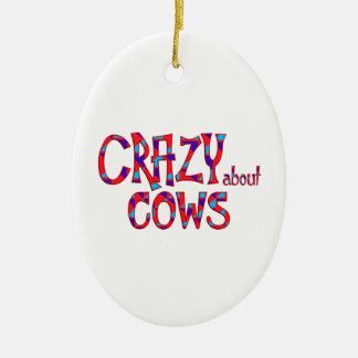Ornement Ovale En Céramique Fou au sujet des vaches