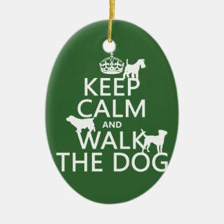 Ornement Ovale En Céramique Gardez le calme et marchez le chien - toutes les