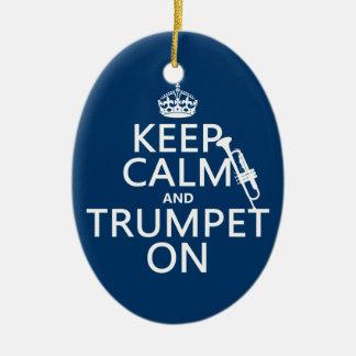 Ornement Ovale En Céramique Gardez le calme et sonnez de la trompette sur