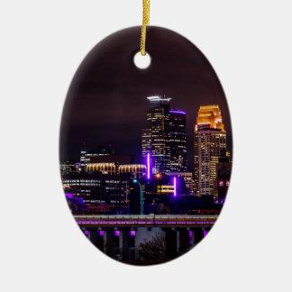 Ornement Ovale En Céramique Horizon de nuit de Minneapolis