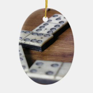 Ornement Ovale En Céramique Jeu vintage en bois de dominos de domino de