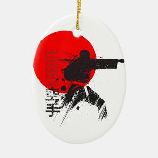 Ornement Ovale En Céramique Karaté Japon