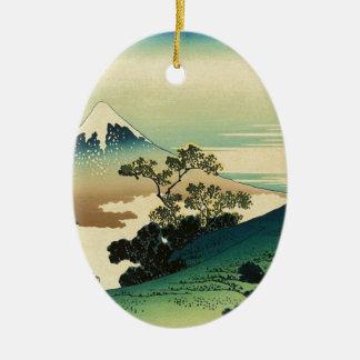 Ornement Ovale En Céramique Koshu Inume Toge - art de Katsushika Hokusai