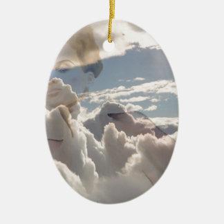 Ornement Ovale En Céramique laser dans les nuages