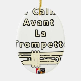 Ornement Ovale En Céramique Le Calme avant la Trompette - Jeux de Mots