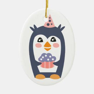 Ornement Ovale En Céramique Le pingouin avec la partie attribue génial stylisé