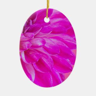 Ornement Ovale En Céramique Macro image du dahlia de fleur sur le backgroun