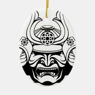 Ornement Ovale En Céramique Masque samouraï stylisé