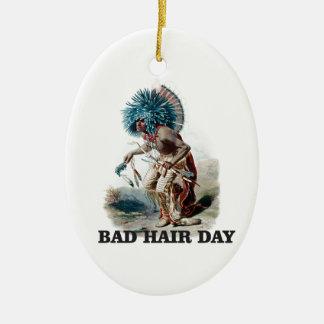 Ornement Ovale En Céramique mauvais jour de cheveux