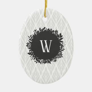 Ornement Ovale En Céramique Monogramme feuillu gris-clair et blanc de motif