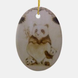 Ornement Ovale En Céramique Panda affectueux