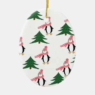 Ornement Ovale En Céramique Petit pain de pingouin de Noël