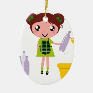 Ornement Ovale En Céramique Petite fille artistique avec la bouteille