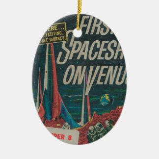 Ornement Ovale En Céramique Premier vaisseau spatial sur le film vintage de