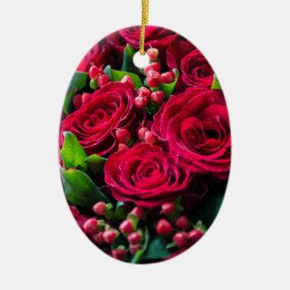 Ornement Ovale En Céramique Roses rouges