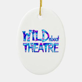 Ornement Ovale En Céramique Sauvage au sujet du théâtre