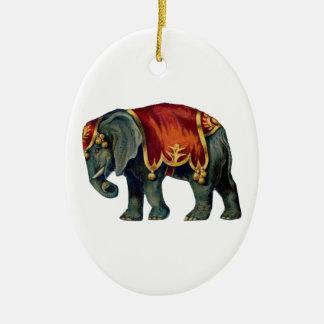 Ornement Ovale En Céramique Vieil iIustração d'éléphant de cirque