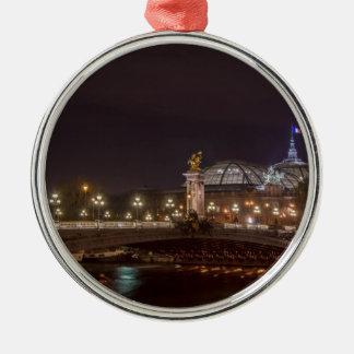 Ornement Rond Argenté Alexander bridge and grand palais at night Paris
