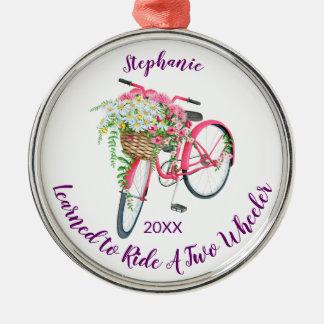 Ornement Rond Argenté Appris à monter le souvenir et l'année de vélo