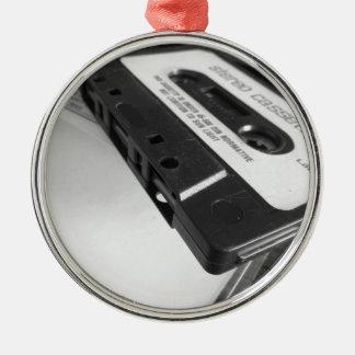 Ornement Rond Argenté Bande vintage de cassette audio sur la table en