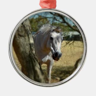 Ornement Rond Argenté Blanc de neige le cheval,