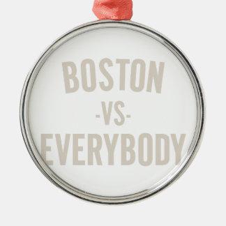 Ornement Rond Argenté Boston contre tout le monde