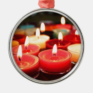 Ornement Rond Argenté Bougies de Noël