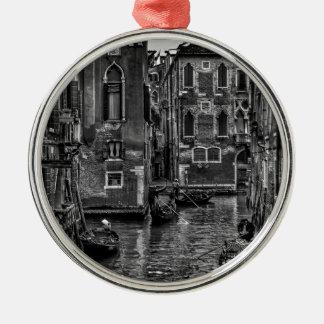 Ornement Rond Argenté Canal de bateau de gondole de Venise Italie