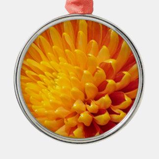 Ornement Rond Argenté Chrysanthème jaune et orange