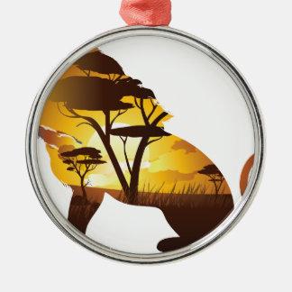 Ornement Rond Argenté Coucher du soleil africain avec le lion