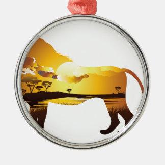 Ornement Rond Argenté Coucher du soleil africain avec Lion2