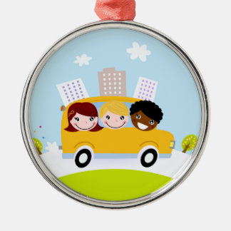 Ornement Rond Argenté Enfants d'école dans l'autobus jaune