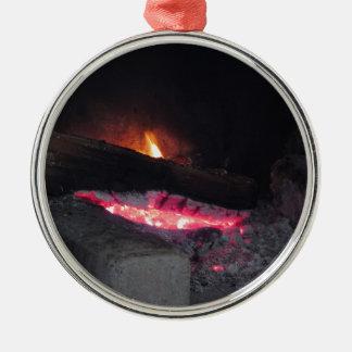 Ornement Rond Argenté Flèches de la chaleur de flamme du feu en bois