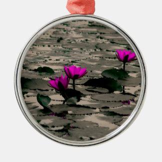 Ornement Rond Argenté Fleur de Lotus