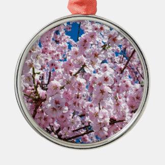 Ornement Rond Argenté Fleur japonaise de cerise