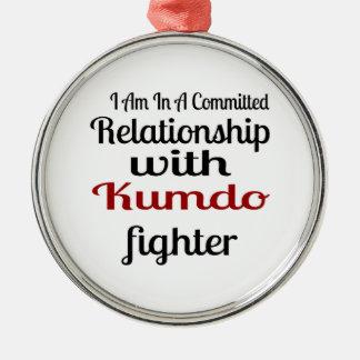 Ornement Rond Argenté Je suis dans un rapport commis avec Kumdo Fighte
