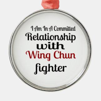 Ornement Rond Argenté Je suis dans un rapport commis avec l'aile Chun fi
