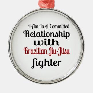 Ornement Rond Argenté Je suis dans un rapport commis avec le Brésilien