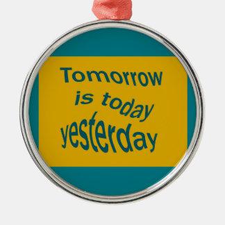 Ornement Rond Argenté Le demain est…