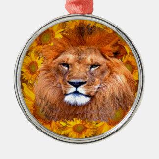 Ornement Rond Argenté lion africain fauve et cadeaux jaunes de