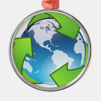 Ornement Rond Argenté Monde de réutilisation amical d'Eco