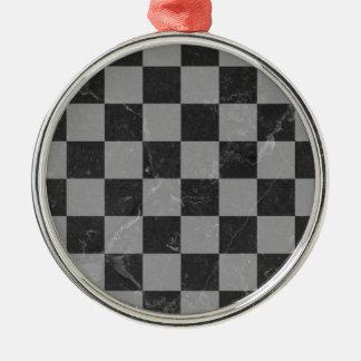 Ornement Rond Argenté Motif d'échecs