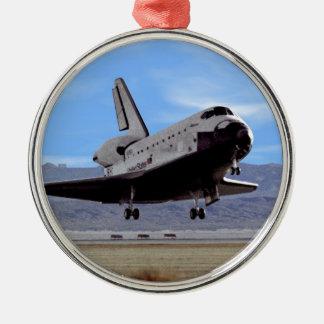 Ornement Rond Argenté Navette spatiale de la NASA l'Atlantide débarquant
