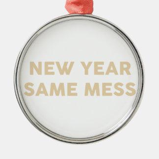 Ornement Rond Argenté Nouvelle année mêmes salissent