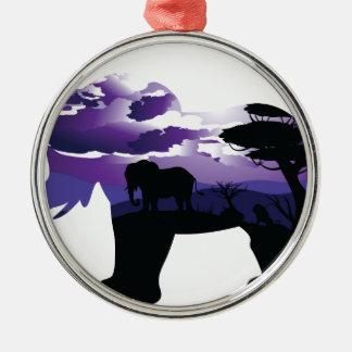 Ornement Rond Argenté Nuit africaine avec l'éléphant